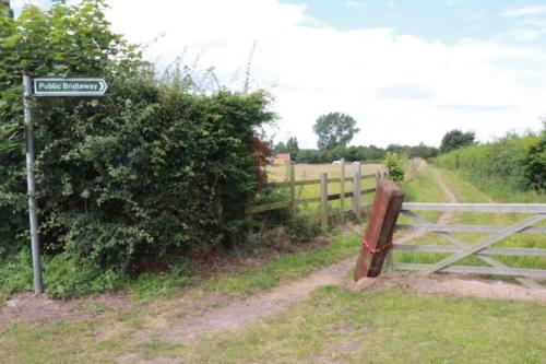 Bridlepath Hayfield Lane to the lakes Auckley